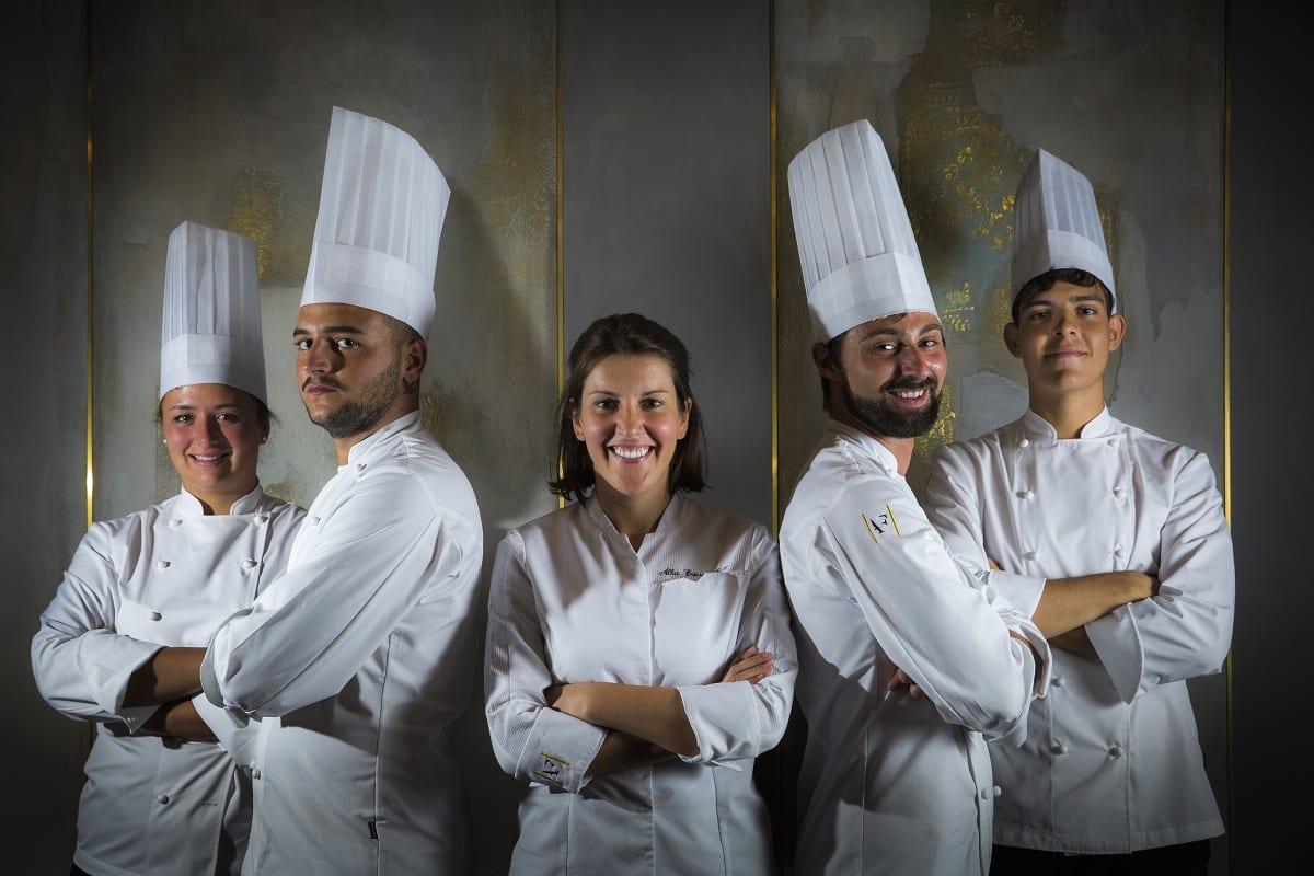 La brigata di cucina di Antica Fonderia, con Alba Esteve Ruiz