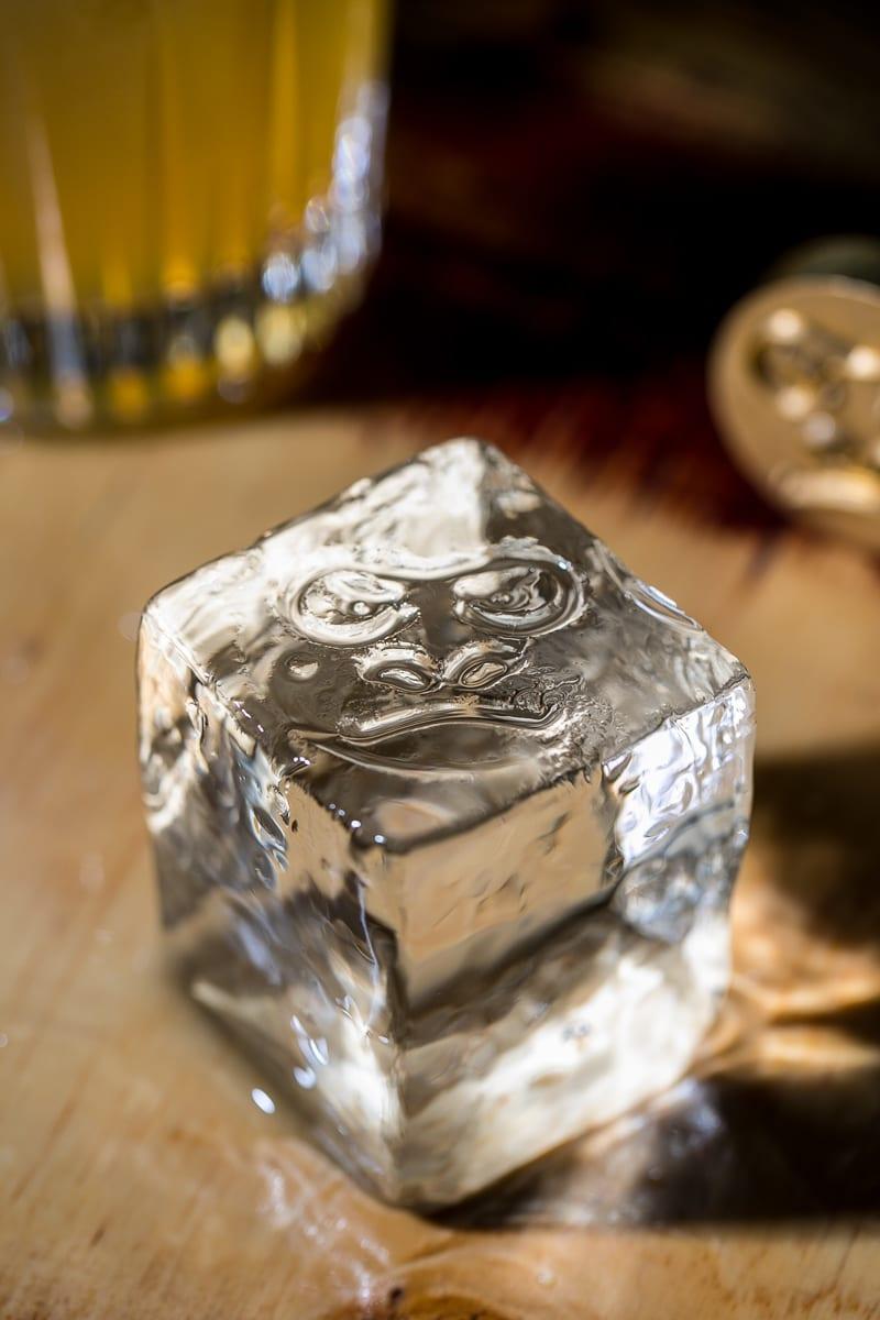Cubo di ghiaccio - Alberto Blasetti / www.albertoblasetti.com