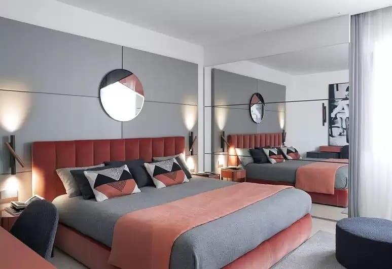 Una delle nuove camere dell'Hotel Plaza e de Russie di Viareggio