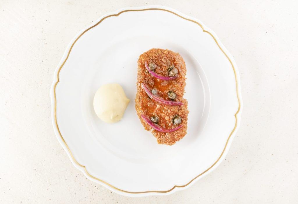 Vitello panato in carpione, maionese di patate_un piatto di gaia giordano per Spazio foto Brambilla Serrani