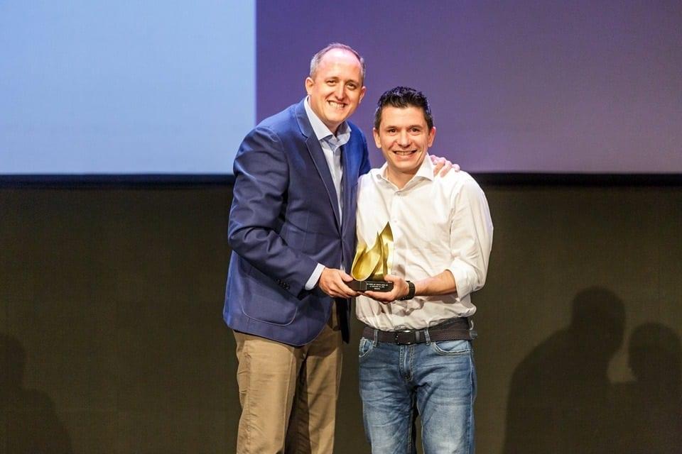 NCG ritira il premio per Waveco sul palco spagnolo