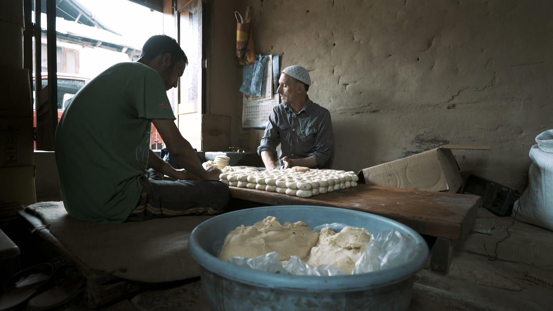 Una scena di un film sul cibo girato in un laboratorio artigianale