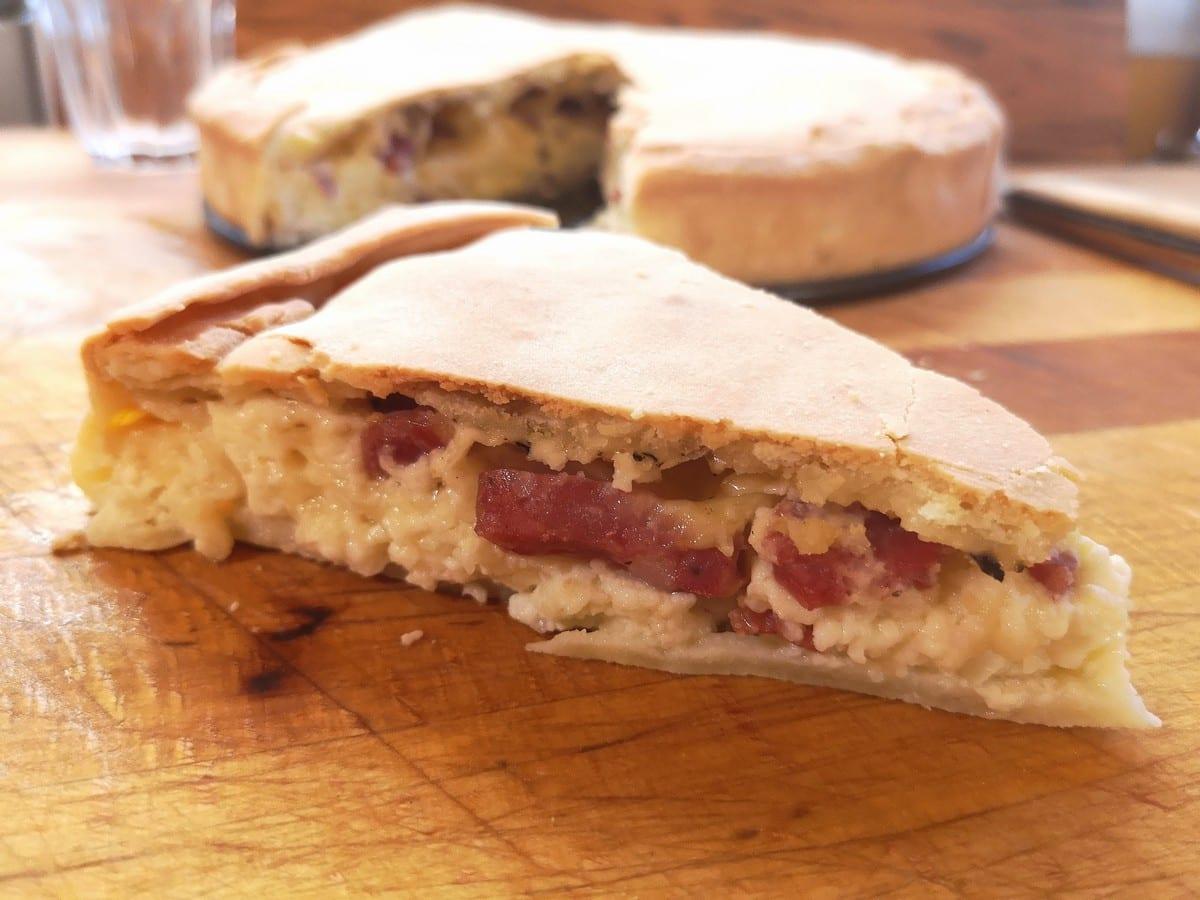 Pizza rusteca, antenata della pizza napoletana