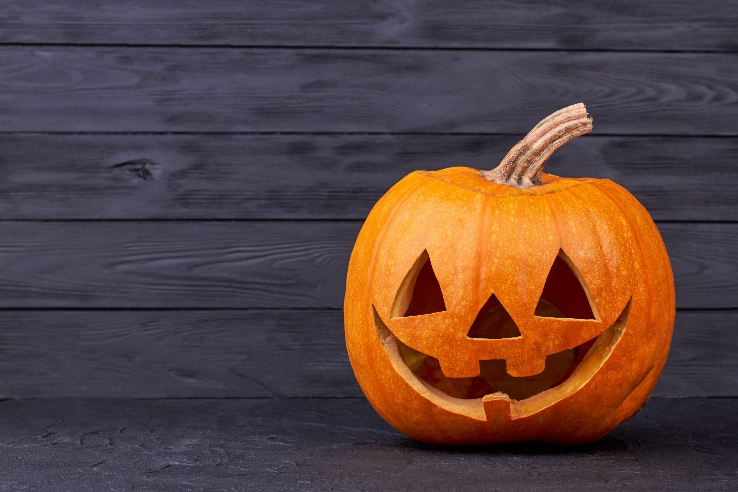 Zucca intagliata di Halloween