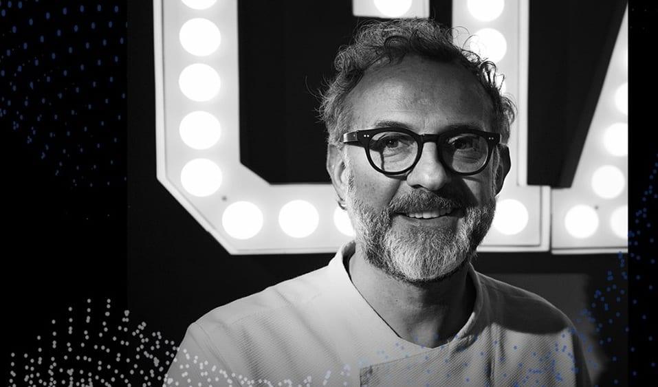 Ritratto in bianco e nero di Massimo Bottura per World chefs tour 2020