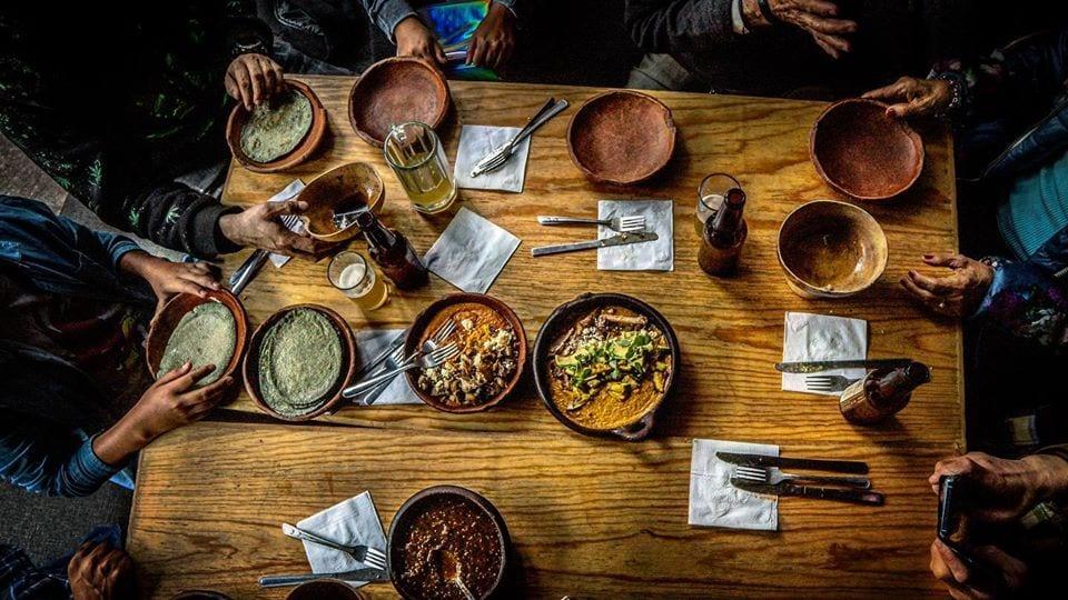 La tavola di Expendio de Maiz sin nombre a Città del Messico, ripresa dall'alto