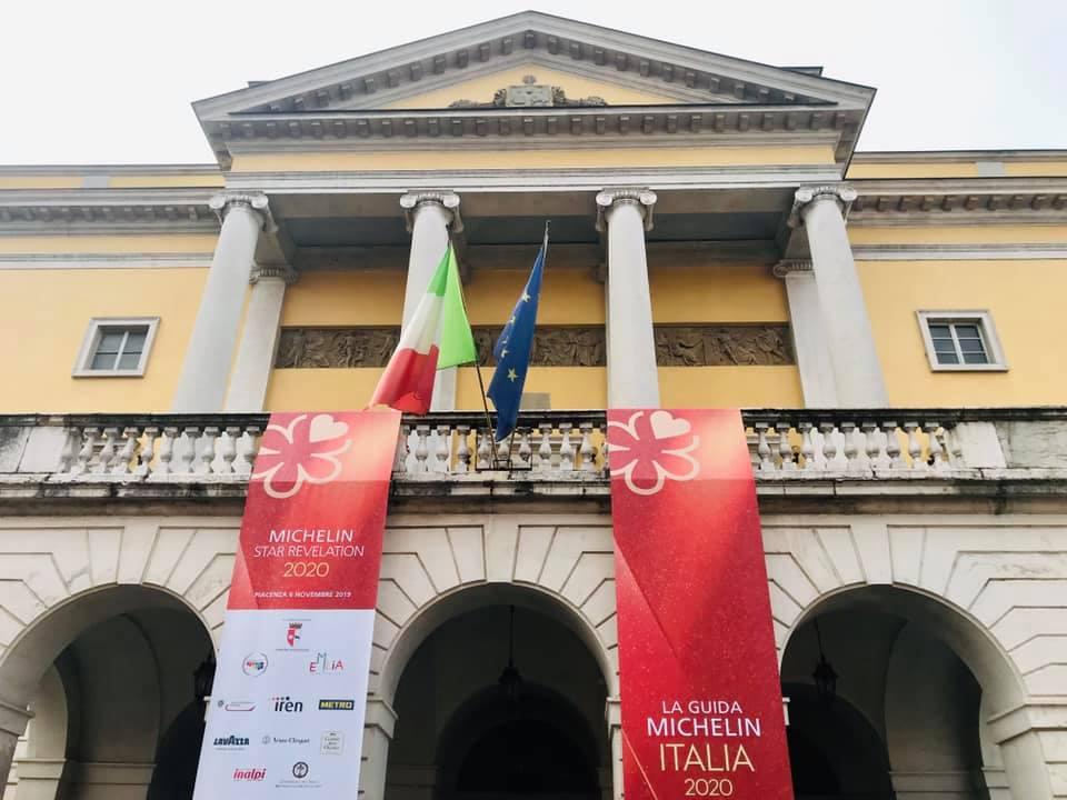 ll teatro municipale di Piacenza, facciata