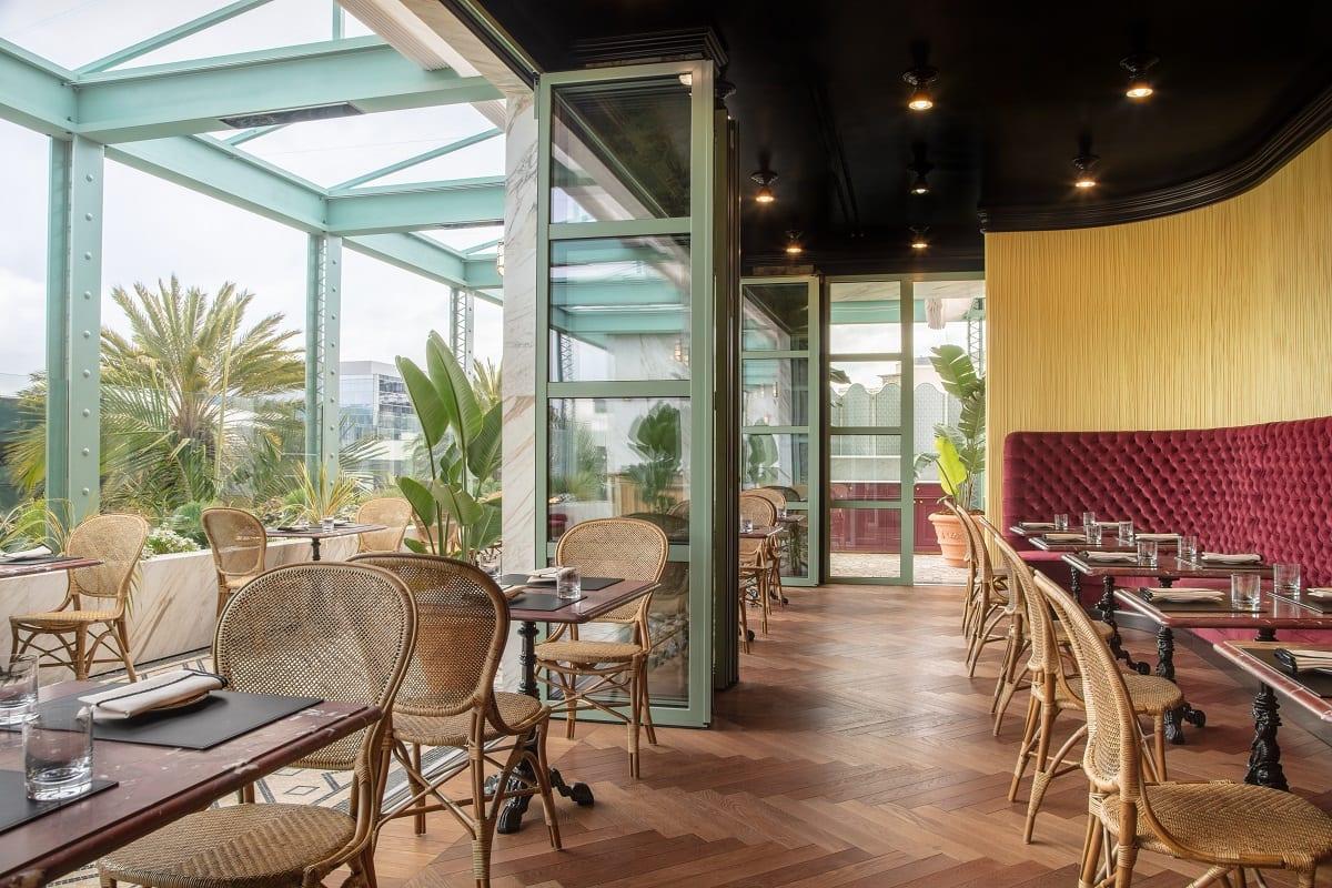 Sala e terrazza di Gucci Osteria a Los Angeles