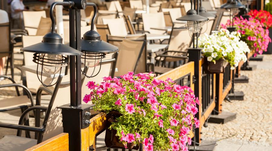 Madrid come Milano: più tavolini, meno tasse, meno burocrazia per i ristoratori