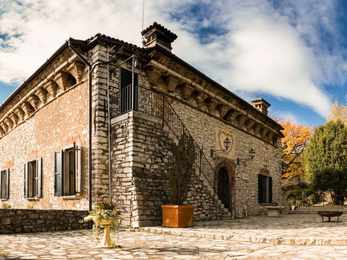 Castello Malvezzi - Mangiare all'aperto Brescia