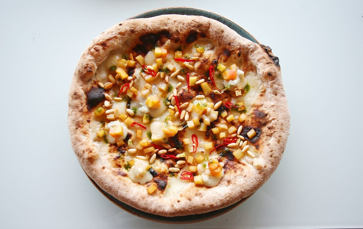 La pizza di Gaggan Anand per la Cascina dei Sapori
