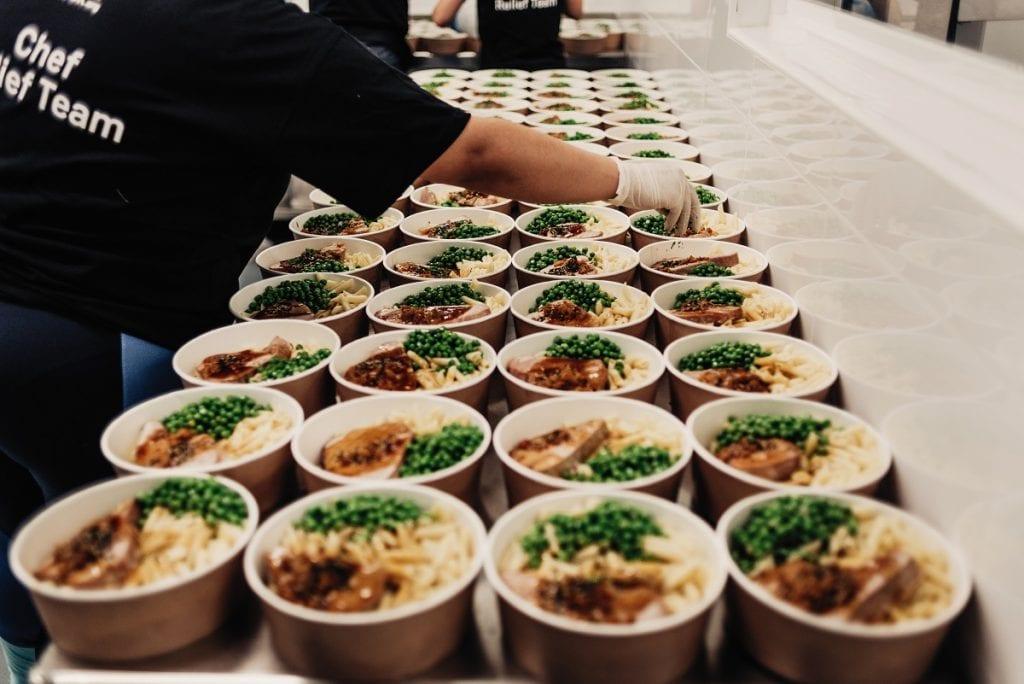 Preparazione del cibo alla World Central Kitchen