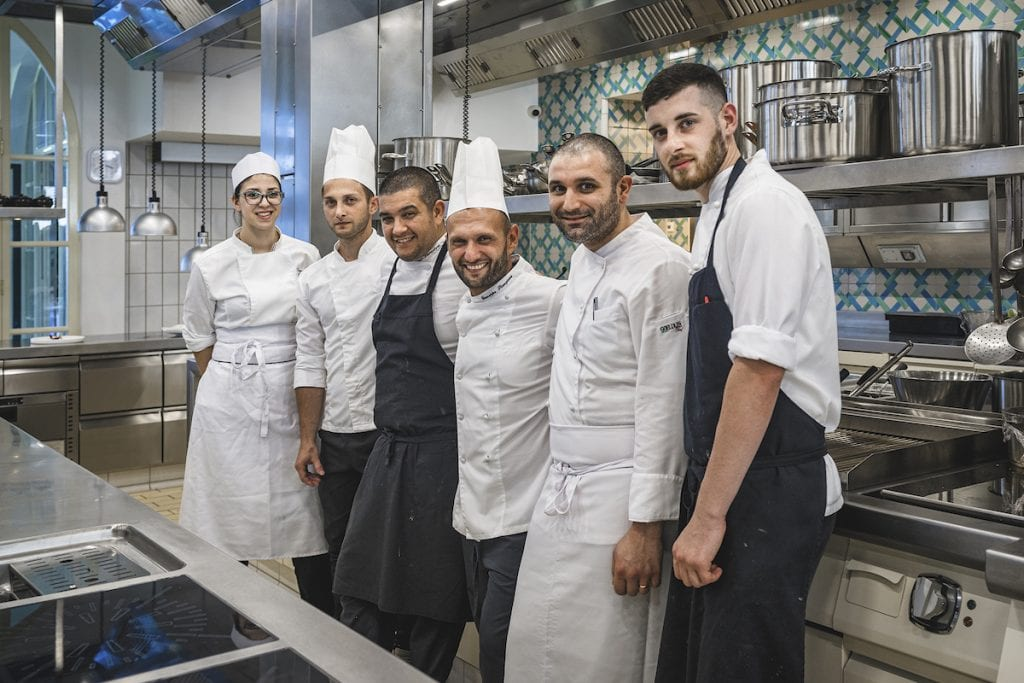 Il Glicine SANTA CATERINA chef STANZIONE nella nuova cucina di 750milaeuro ad amalfi. Foto Alessandro Zanoni