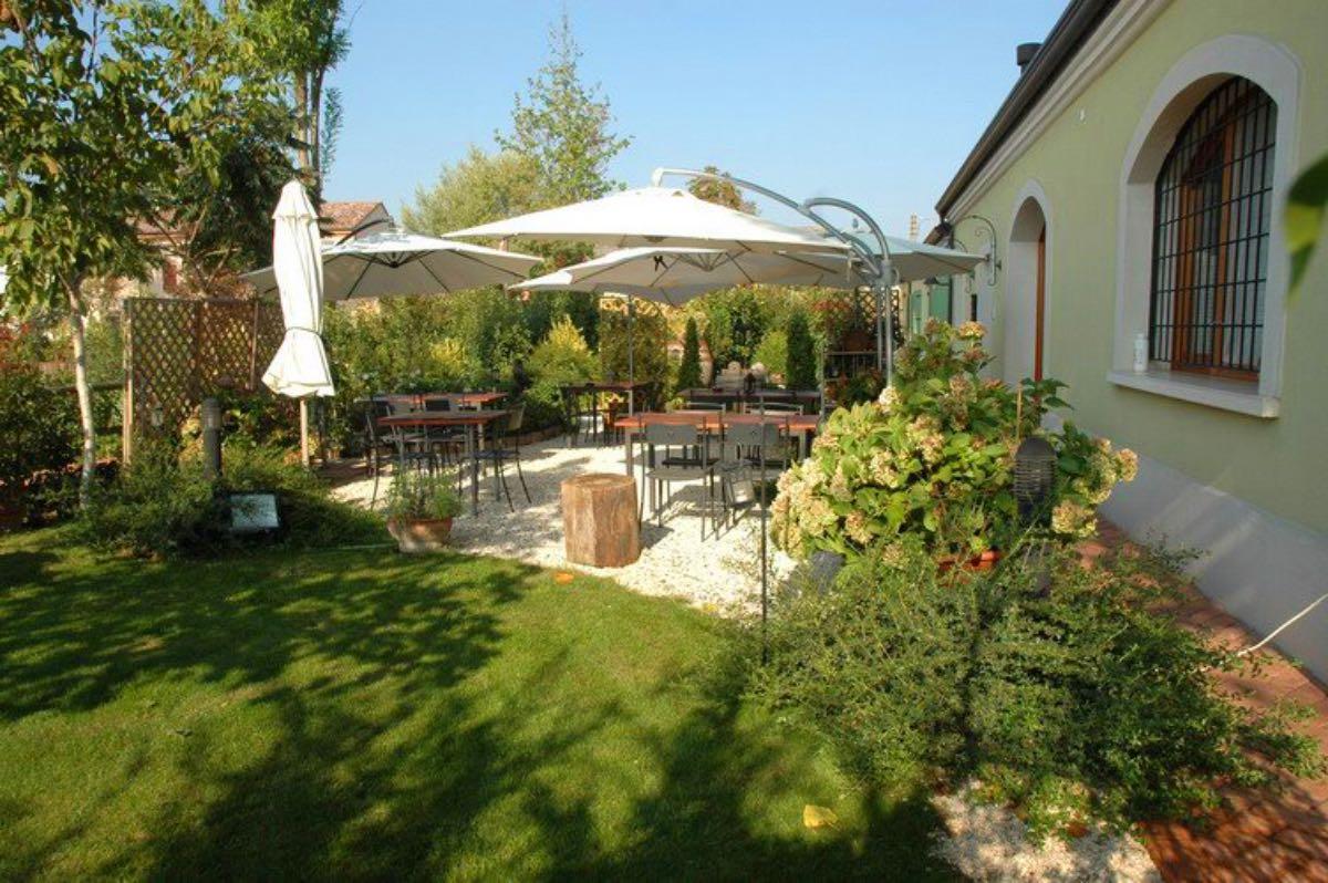 Trattoria dal Gaia - Roncoferraro - Mangiare all'aperto Mantova