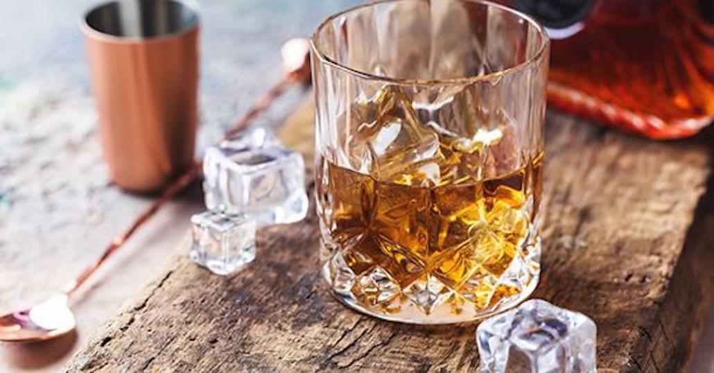 Un bicchiere di whisky