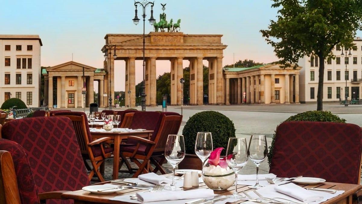 Tavoli all'aperto a Berlino