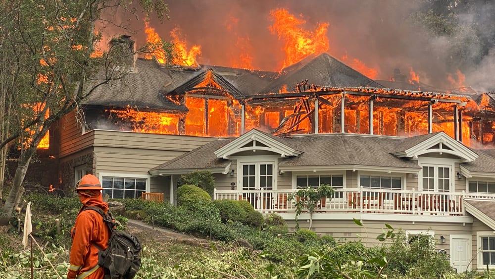 Il Meadowood in fiamme
