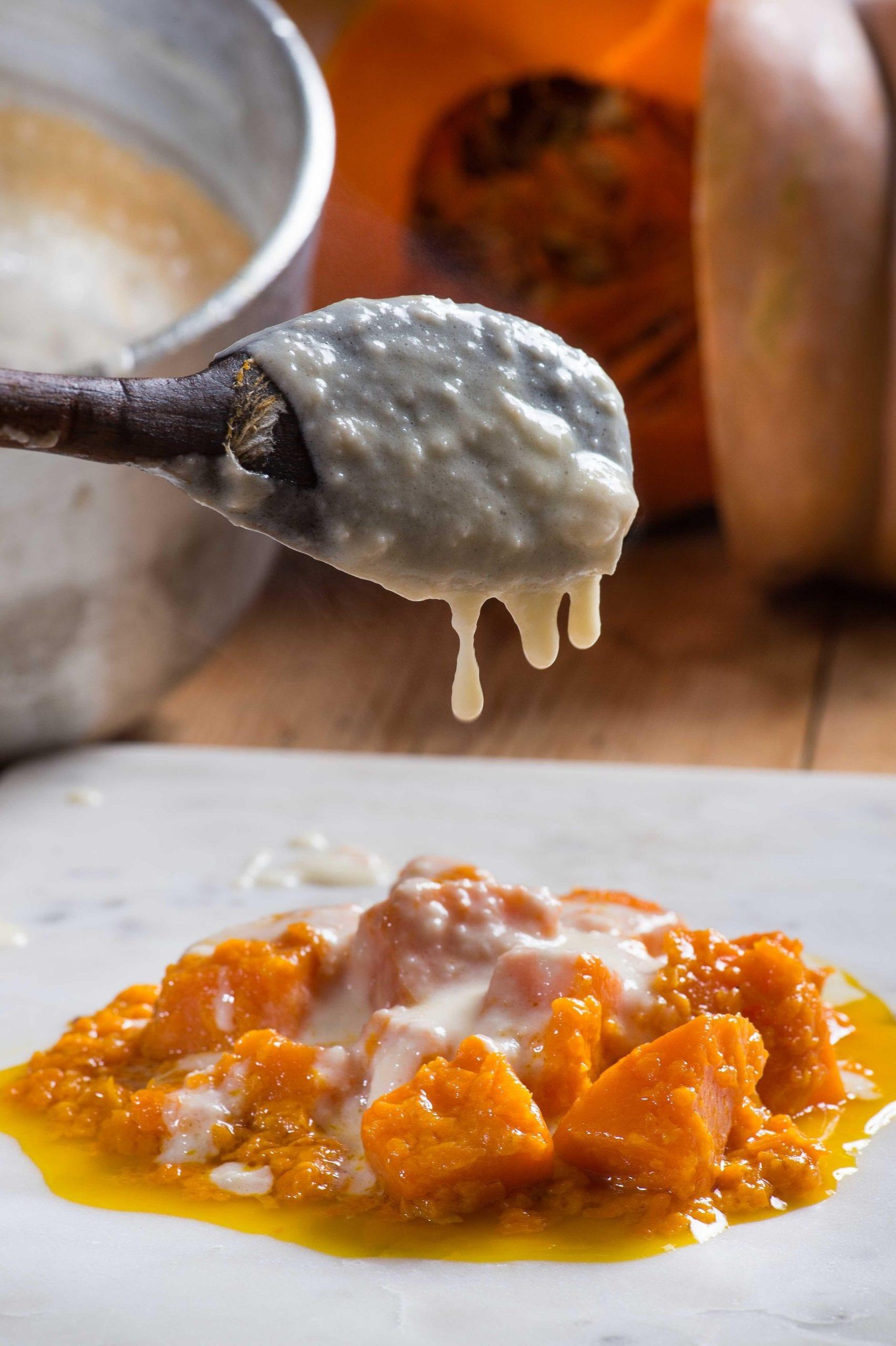 Zucca con fonduta di formaggi