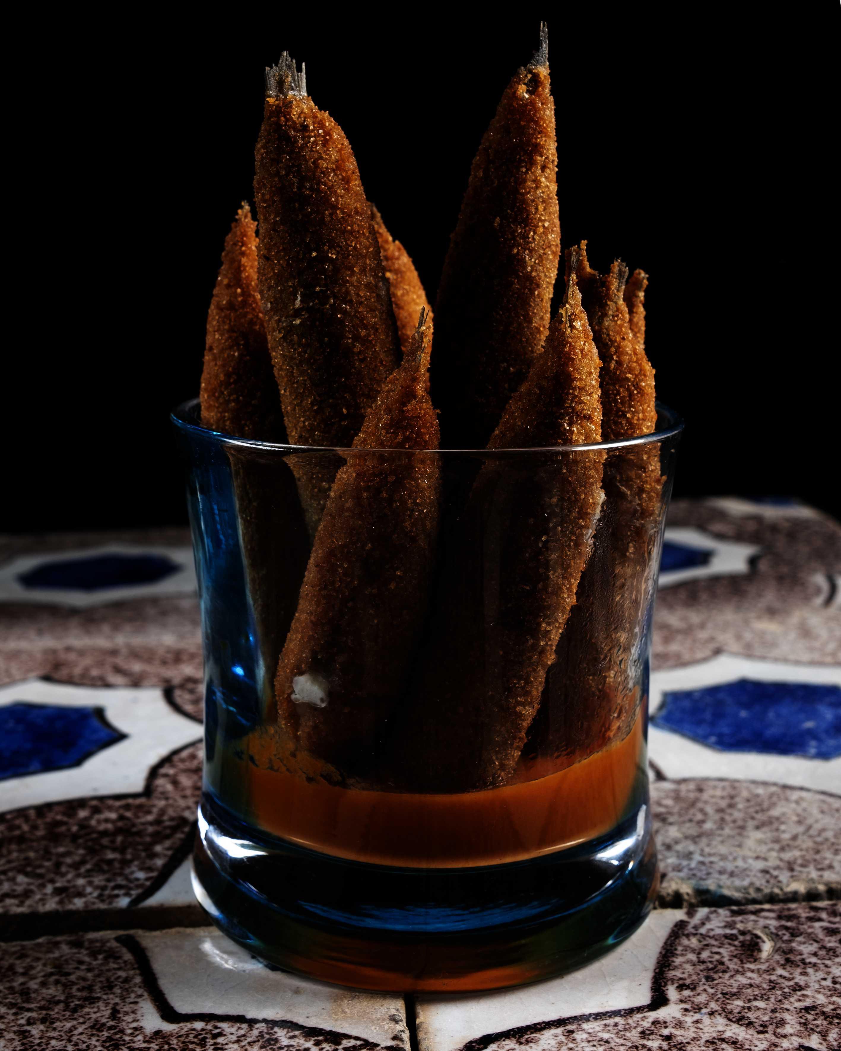 Alici ripiene con salsa di peperoni