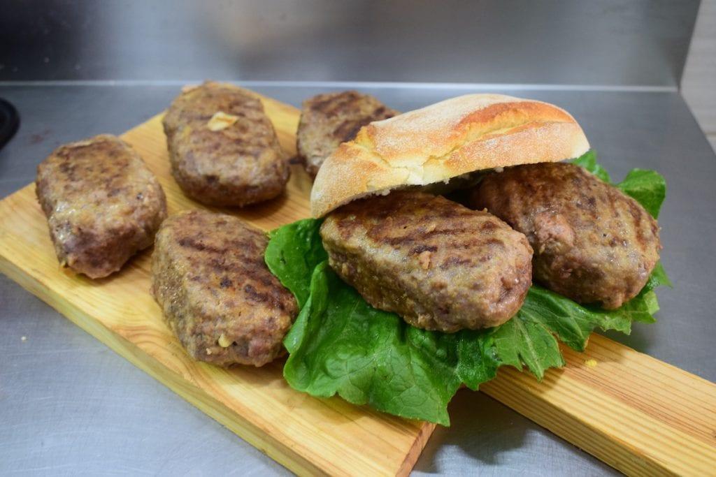 9 Catania Polpette di carne di cavallo per Sant'Agata f