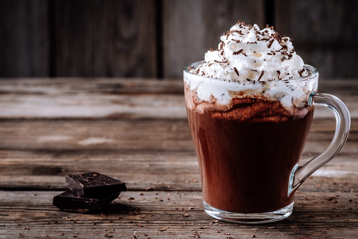 Cioccolata calda con panna