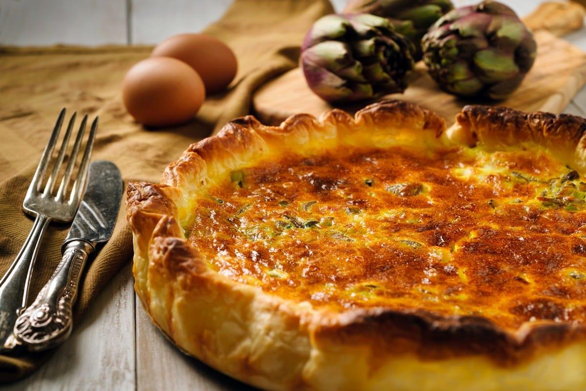 torta salata di sfoglia e carciofi