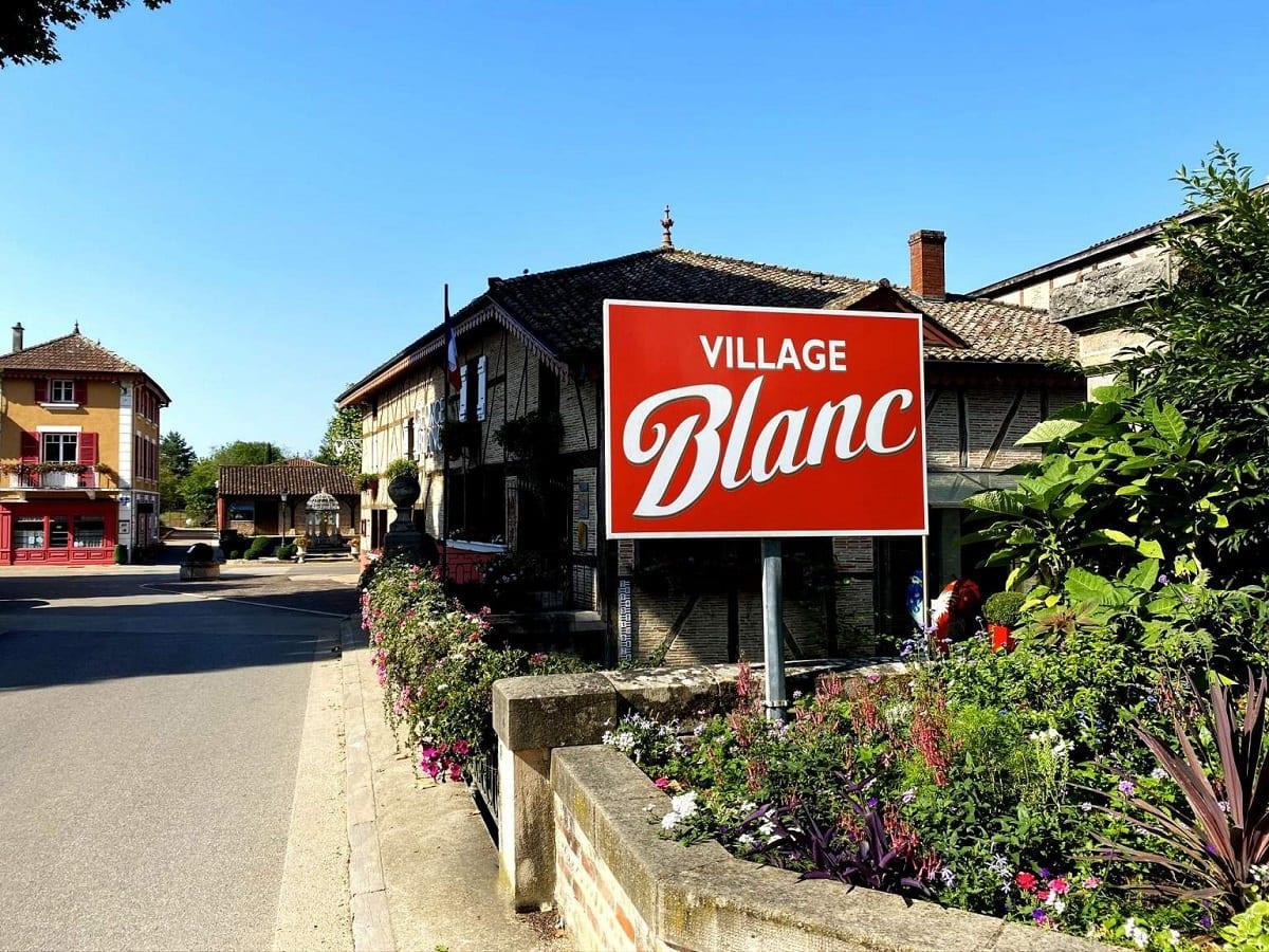 Village Blanc: Vonnas