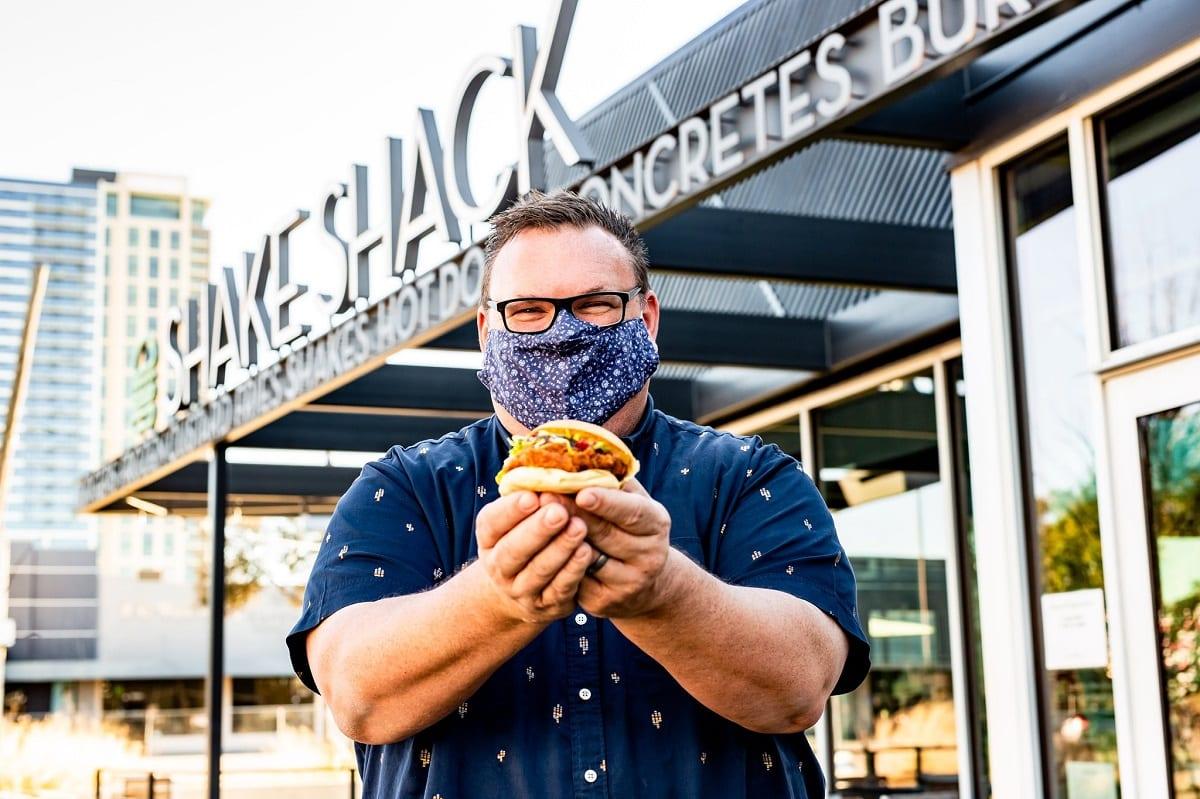 Chris Sheperd con il suo panino