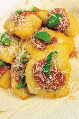 Pizzelle e paste cresciute di Viviana Lapertosa
