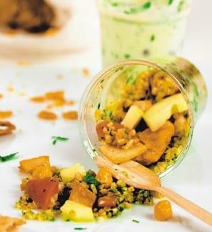 Felafel e insalata di bulghur con fattoush fritto