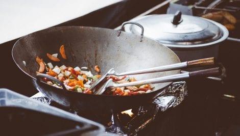 Guida al risparmio energetico in cucina: e tu quanto sprechi?