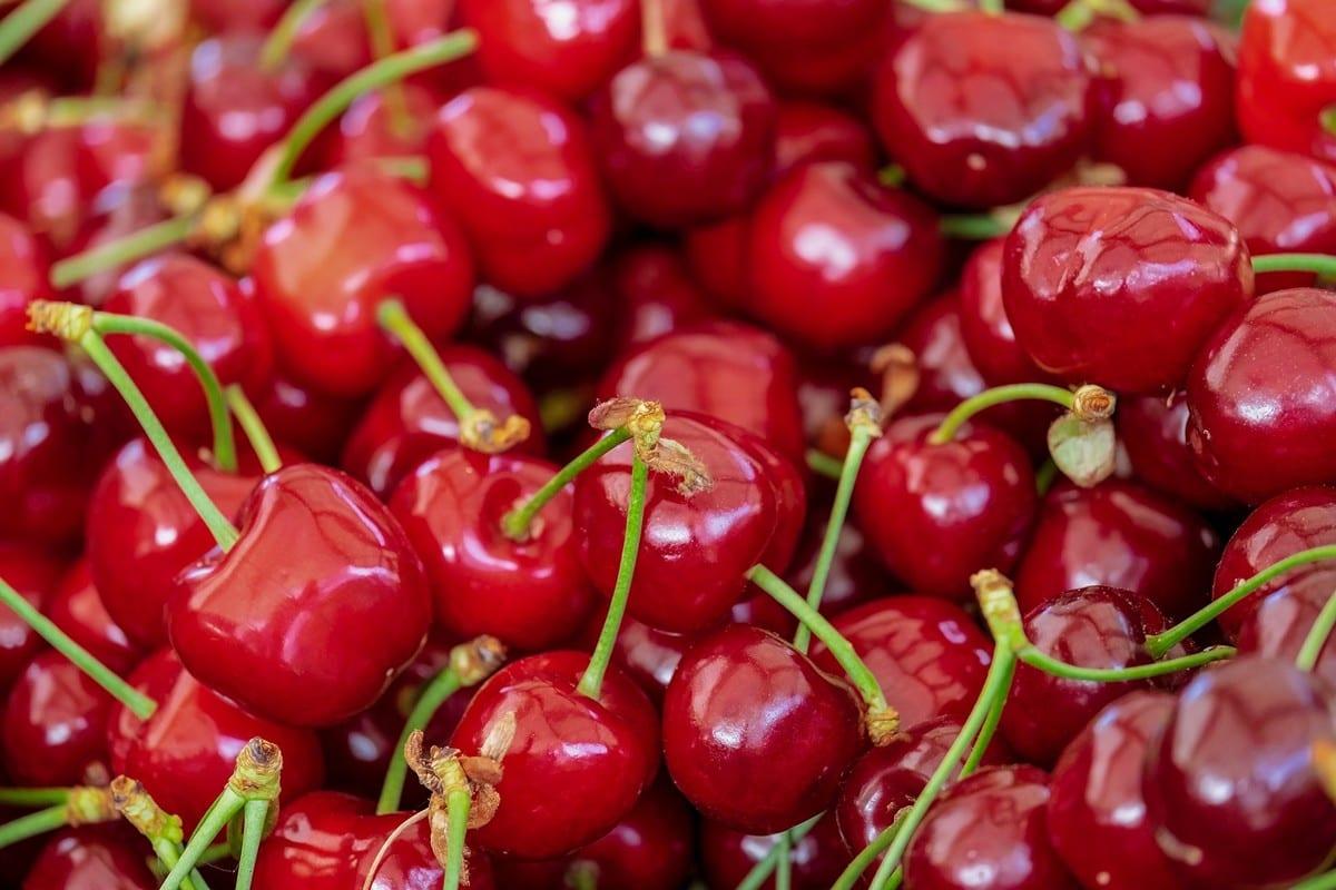 Scopri frutta e verdura di stagione di giugno