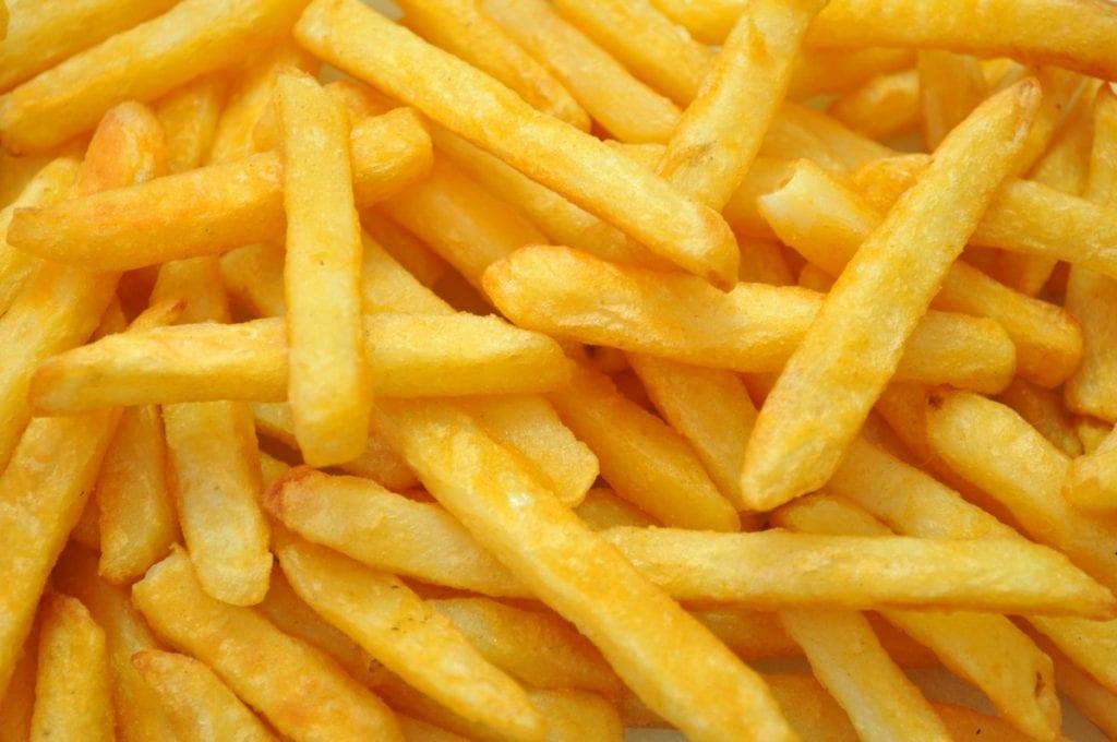 Scopri la storia delle patatine fritte