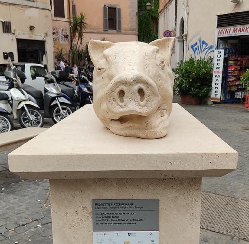 Statua di porchetta, Roma