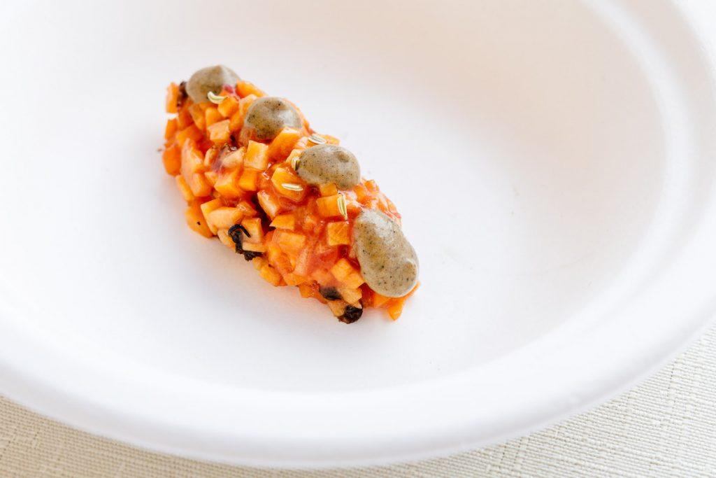 tartare di carota e pesca.. Spessore 2021. Foto Andrea Di Lorenzo