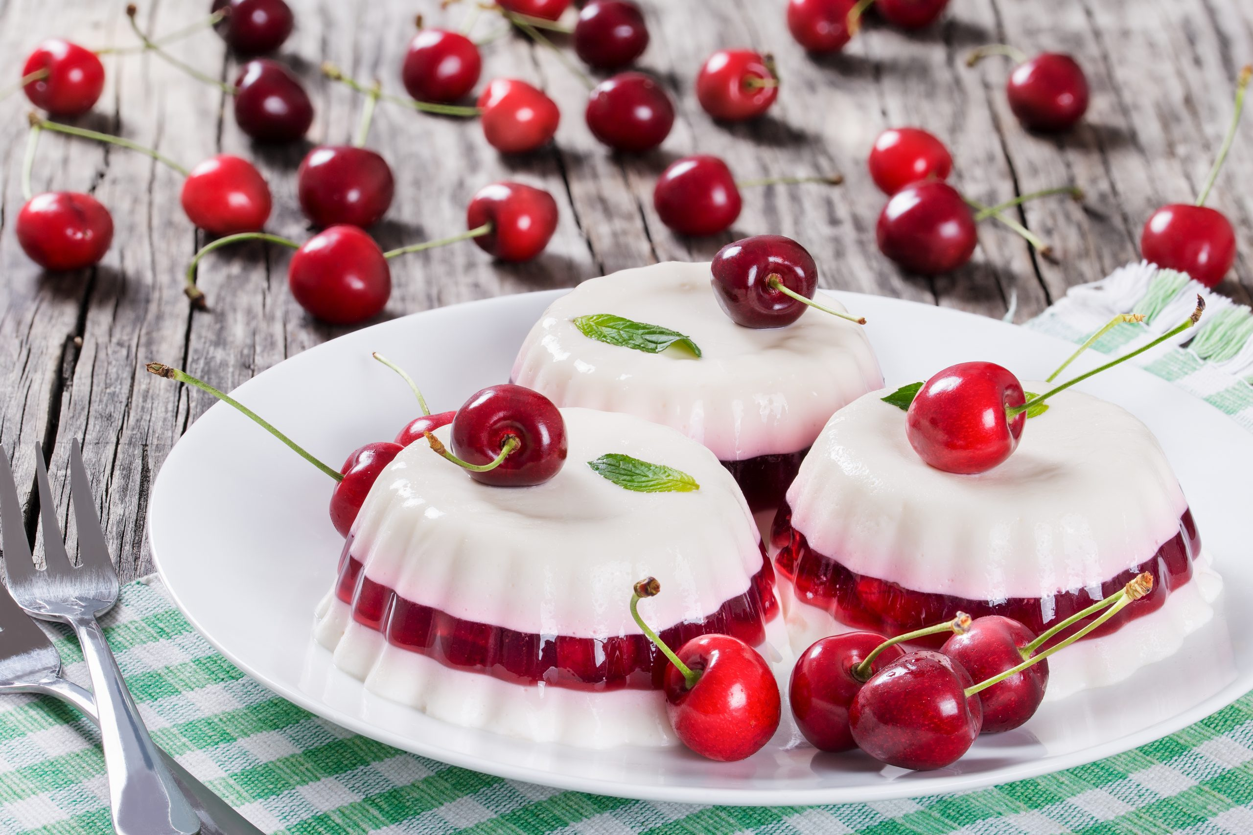 Scopri i dolci estivi senza cottura da rifare a casa