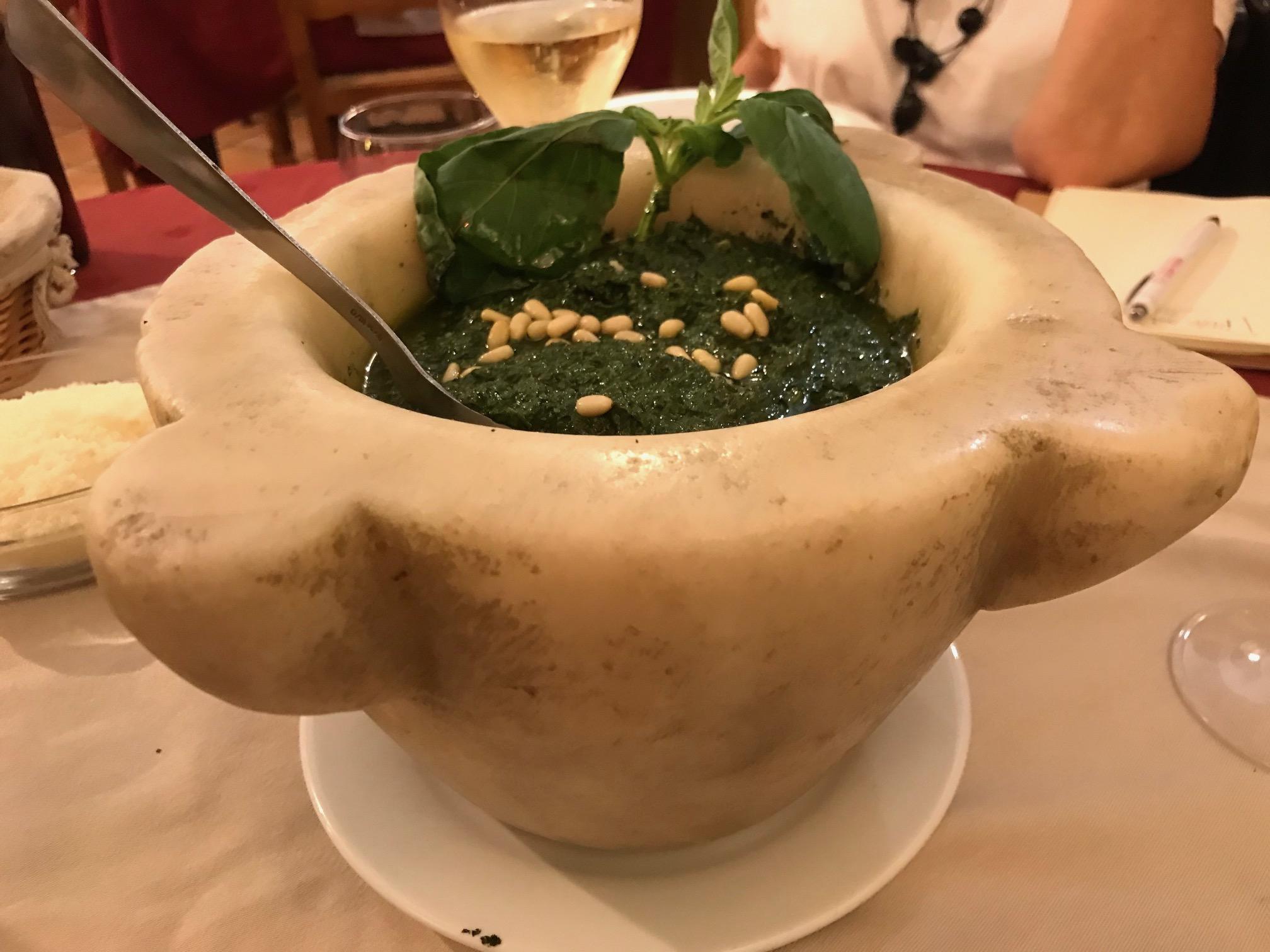 Pesto al mortaio del Ristorante Lou Balico a Nizza