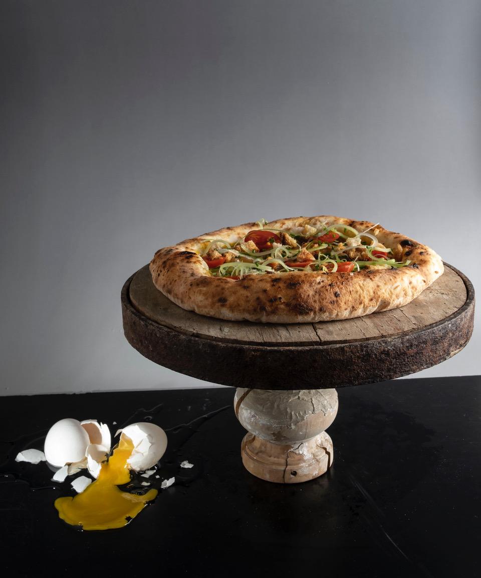 Ciarella. La mia pizza autentica. Franco Pepe verticale. Foto Vannucchi