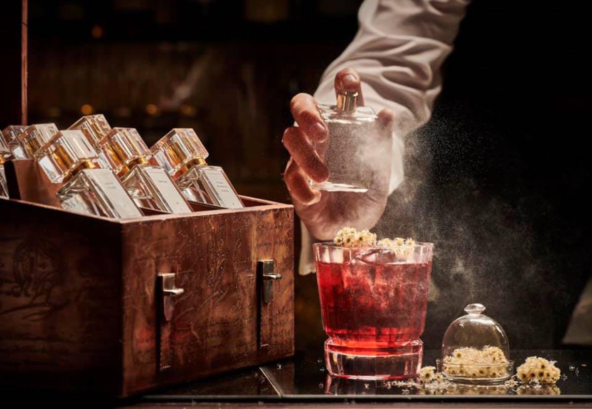 """Il nuovo """"bar à parfum"""" ecologico di Emanuele Balestra all'Hotel Majestic Barrière di Cannes"""