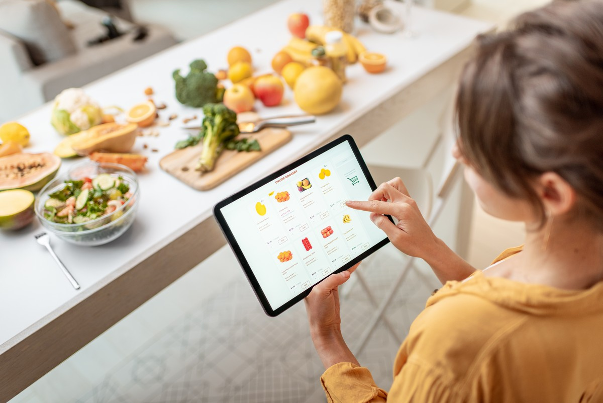 Scopri gli assistenti virtuali per la spesa online