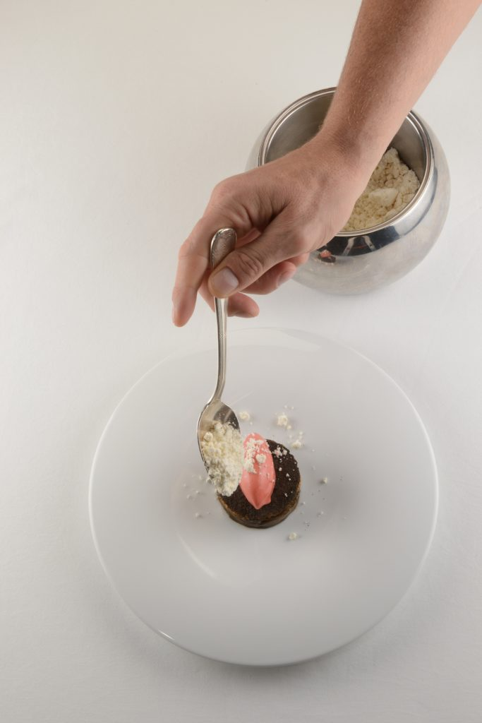Melanzane marinate pecorino maremmano gelato al pomodoro e rabarbaro (2)