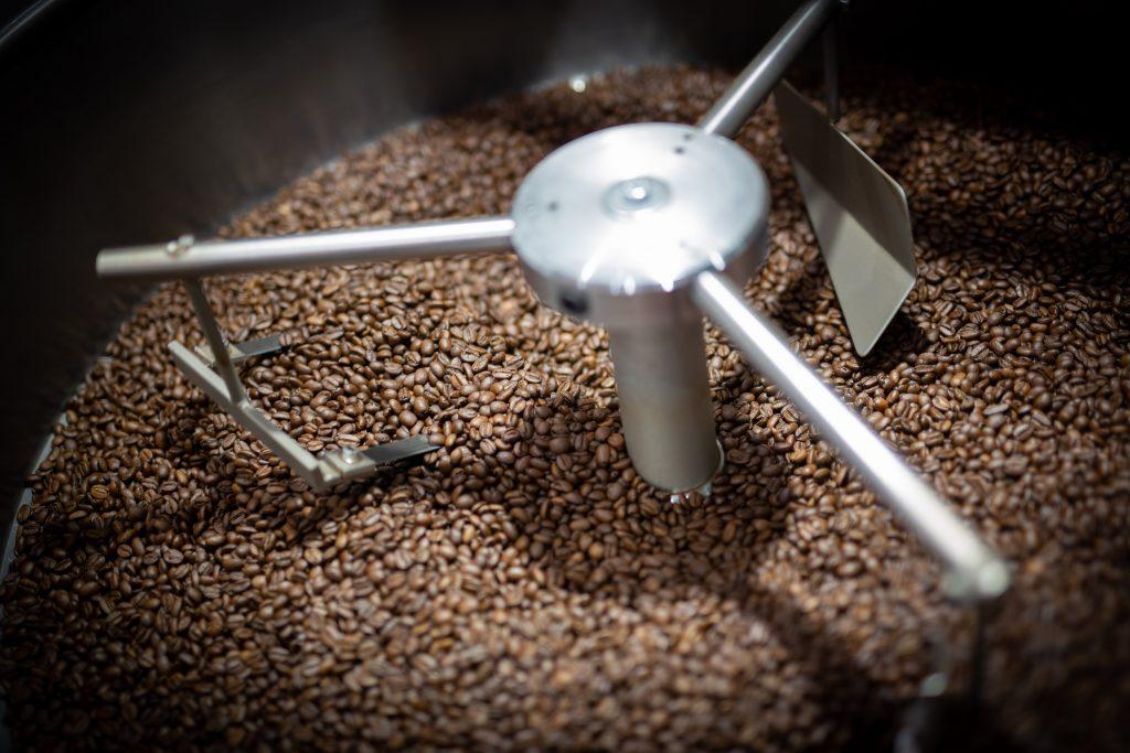 Scopri la storia del caffè coltivato in Sicilia da Morettino