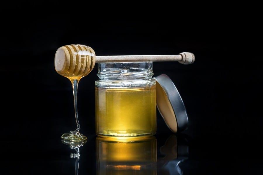 Nel miele il sapore e le proprietà benefiche sono correlate?