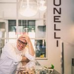 Paolo Brunelli nella sua gelateria