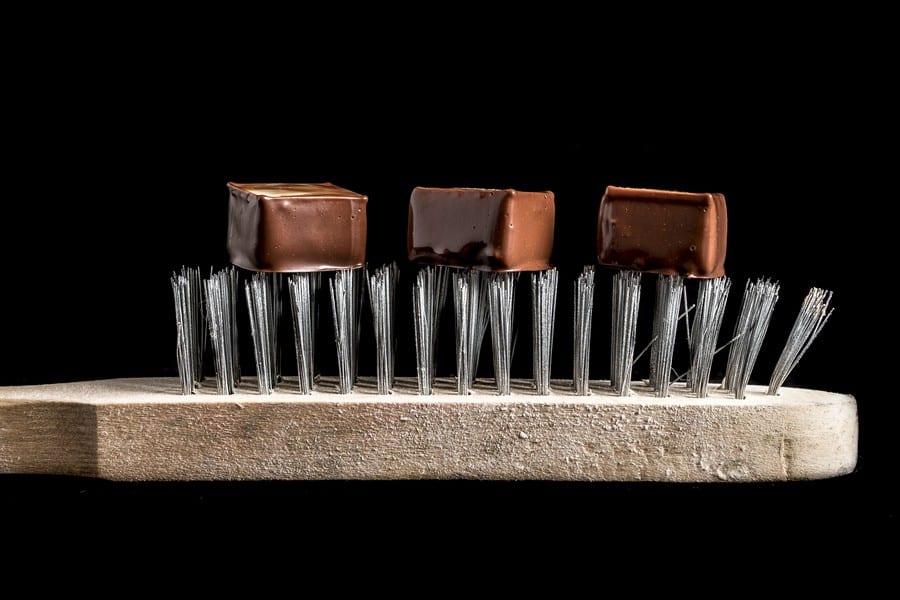 Spatola con cioccolatini al latte