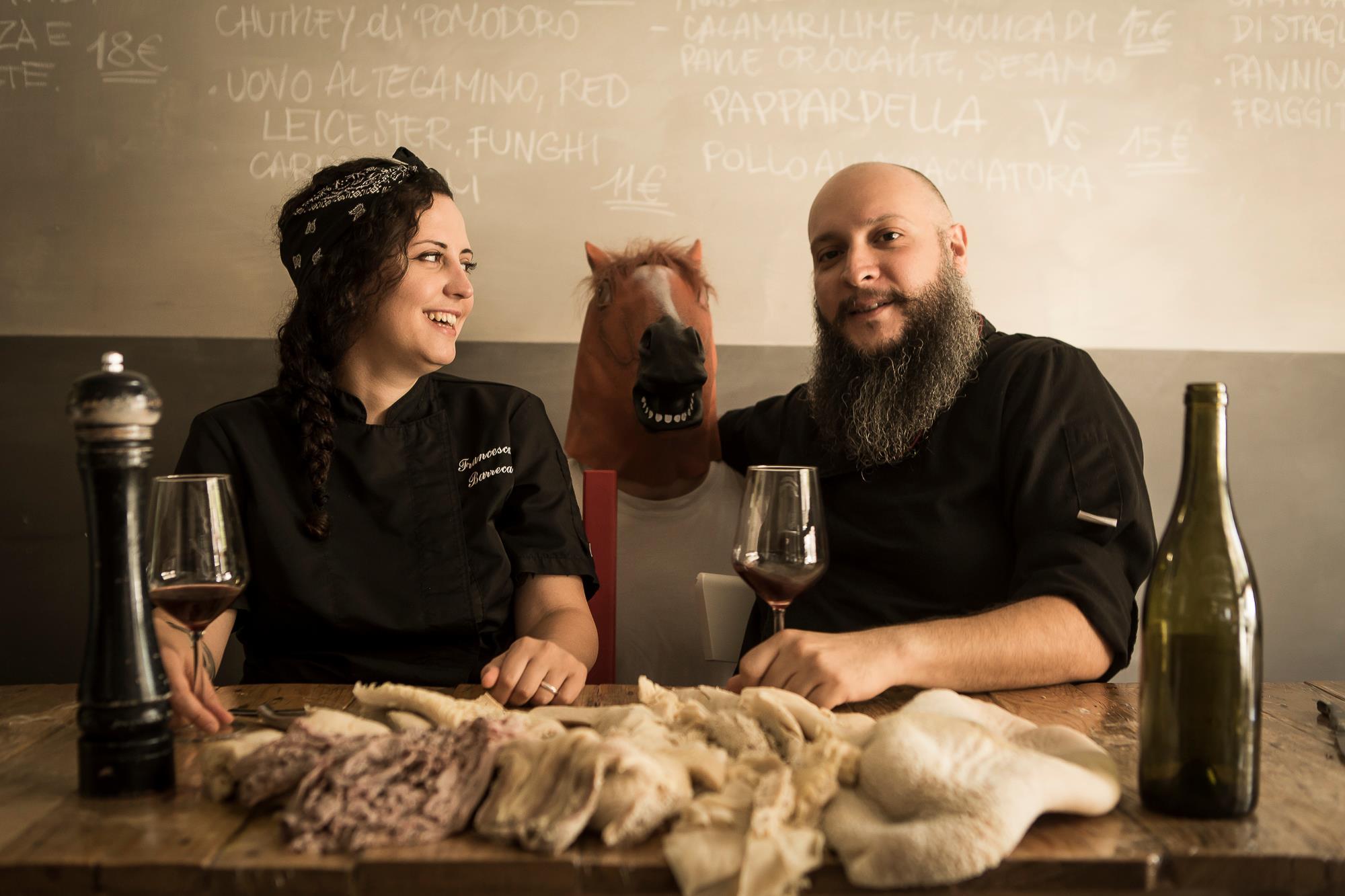 Francesca Barreca e Marco Baccanelli al tavolo di Mazzo, il ristorante di Roma