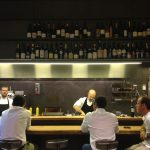 Bancone 2 Maurizio Zillo e aiuto chef