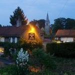 Il Pub The Cequers Inn nel villaggio di Ledsham in Yorkshire1