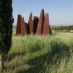 Torri scultura di Bruno Liberatore 1993 nel Parco delle Sculture di Brufa a Torgiano