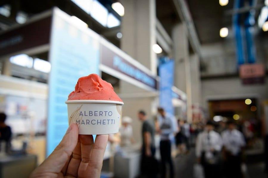 una coppetta di gelato di Alberto Marchetti